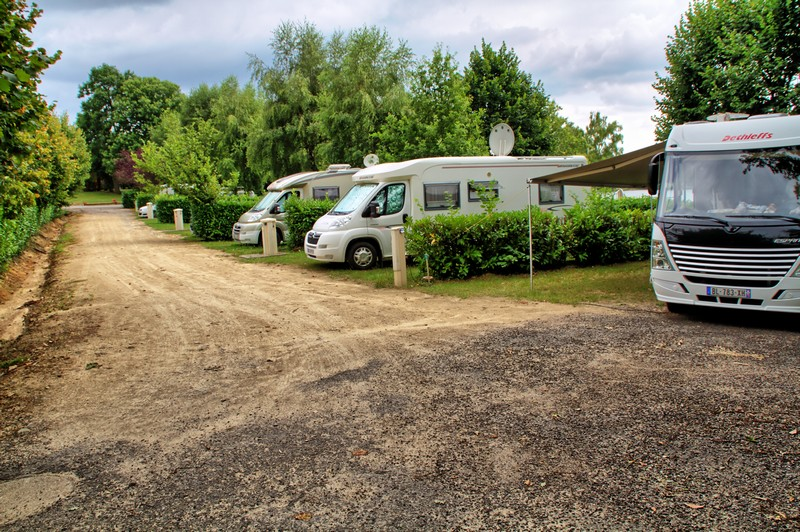 emplacement camping cars vue bas.jpg